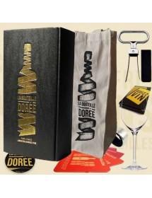 Boite d'accessoires autour du vin